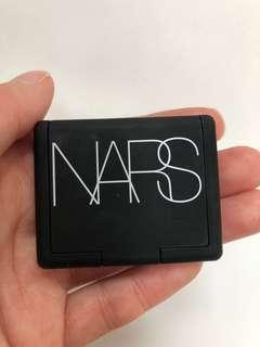 NARS Hot Sand Mini Highlighter