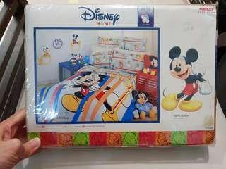 Mickey queen bedsheet