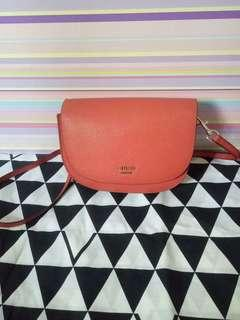 #maups4 sling bag guess
