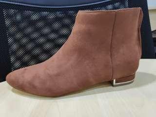 Zalora boots