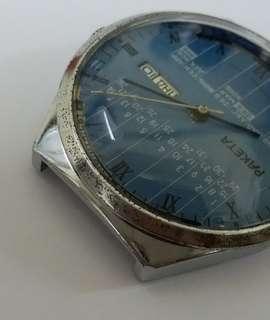 PAKETA  .made in Russia.original .not water resistant.40mm.老兵不死,萬年历。己抹油维修,保證準確,保證质量。
