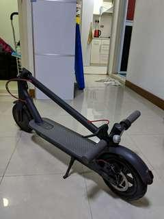 Xiaomi Mijia Electric Scooter (Battery Spoiled)