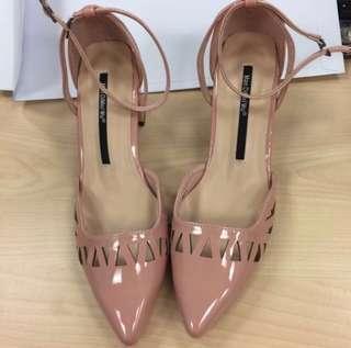粉紅色粗跟女神鞋