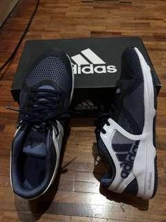 Adidas cloud foam running shoes