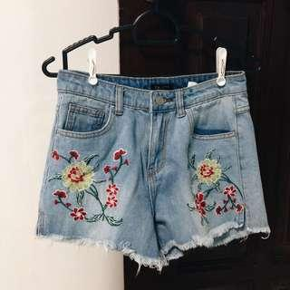 Denim Shorts w/ Floral Embroidery
