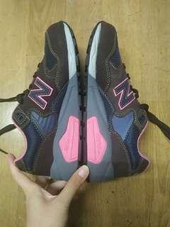 全新 NB童鞋 22.5 cm