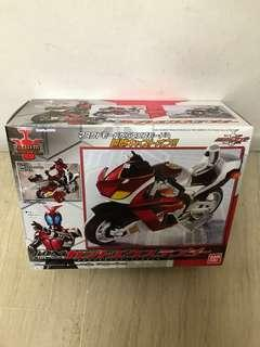 Bandai Kamen Masked Rider Kabuto DX Kabutoextender C.O.R.M. {SHF Scale}