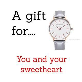 Female Silver Strap Analog Watch Gift Present for Ladies