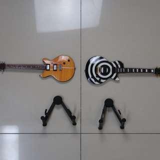 模型吉他兩把