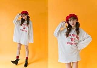 🚚 (全新免運)韓版字母印花不修邊連帽長版上衣帽T