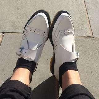 🚚 Dr.martens ROUSDEN 馬汀白色尖頭摩登扣環短靴 GEORGE COX / UNDER GROUND 二手