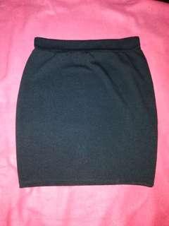 Plain Black Pencil cut Skirt