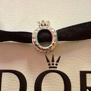Pandora Crown Ö charm
