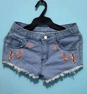 Denim Shorts Embroidered (NEW)