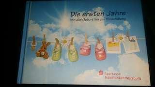 Die ersten Jahre- German book for newborn children