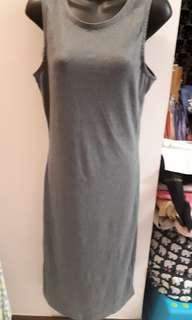 Pre Loved : Slim Fit dress