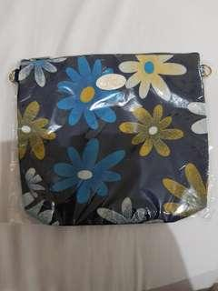 Dompet / pouch Bangkok bunga bunga