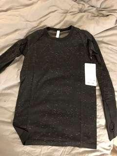 BNWT lululemon swiftly tech long sleeve crew