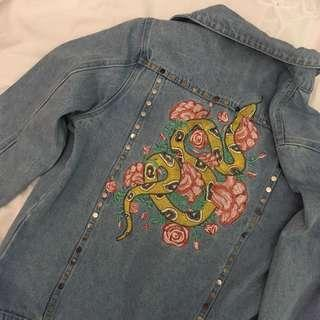 Snake Embroidery Studded Denim Jacket