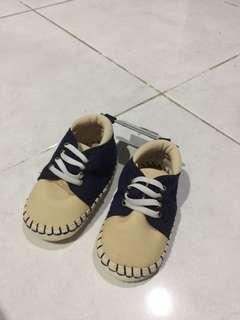 Preloved Baby Prewalker Shoes