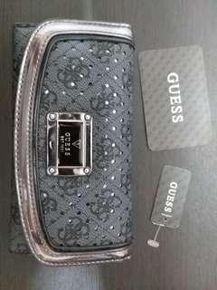 AUTHENTIC GUESS  LONG WALLET CARD HOLDER