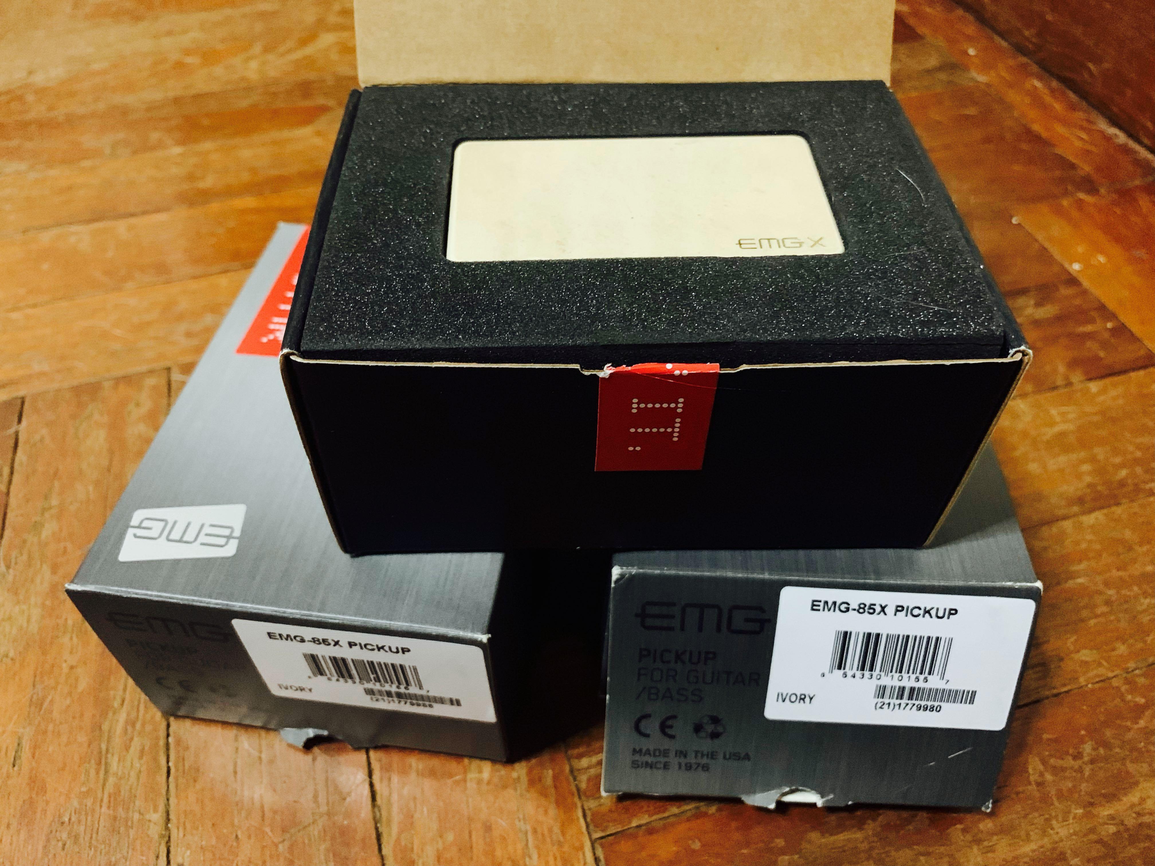 2 EMG 85X pickups for sale (Ivory)
