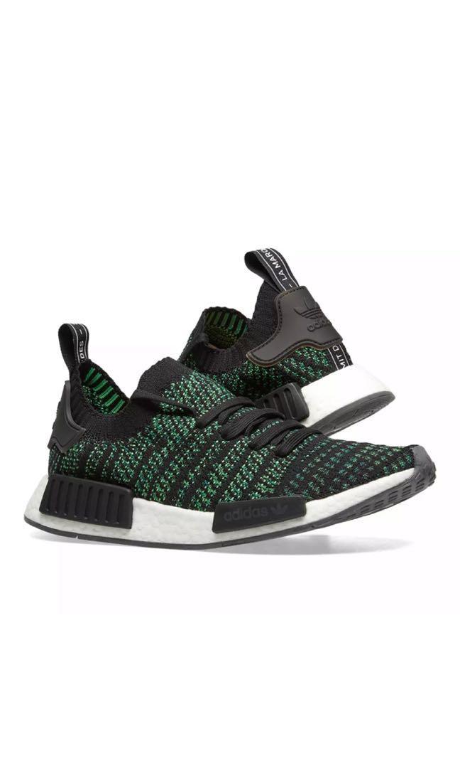 watch 85300 4c5ea Adidas NMD _R1 (Core black/Noble green)