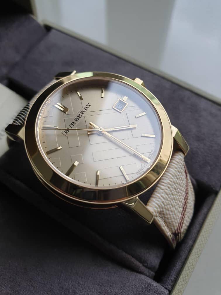 Burberry Watch (Model No: BU9026), Women's Fashion, Watches