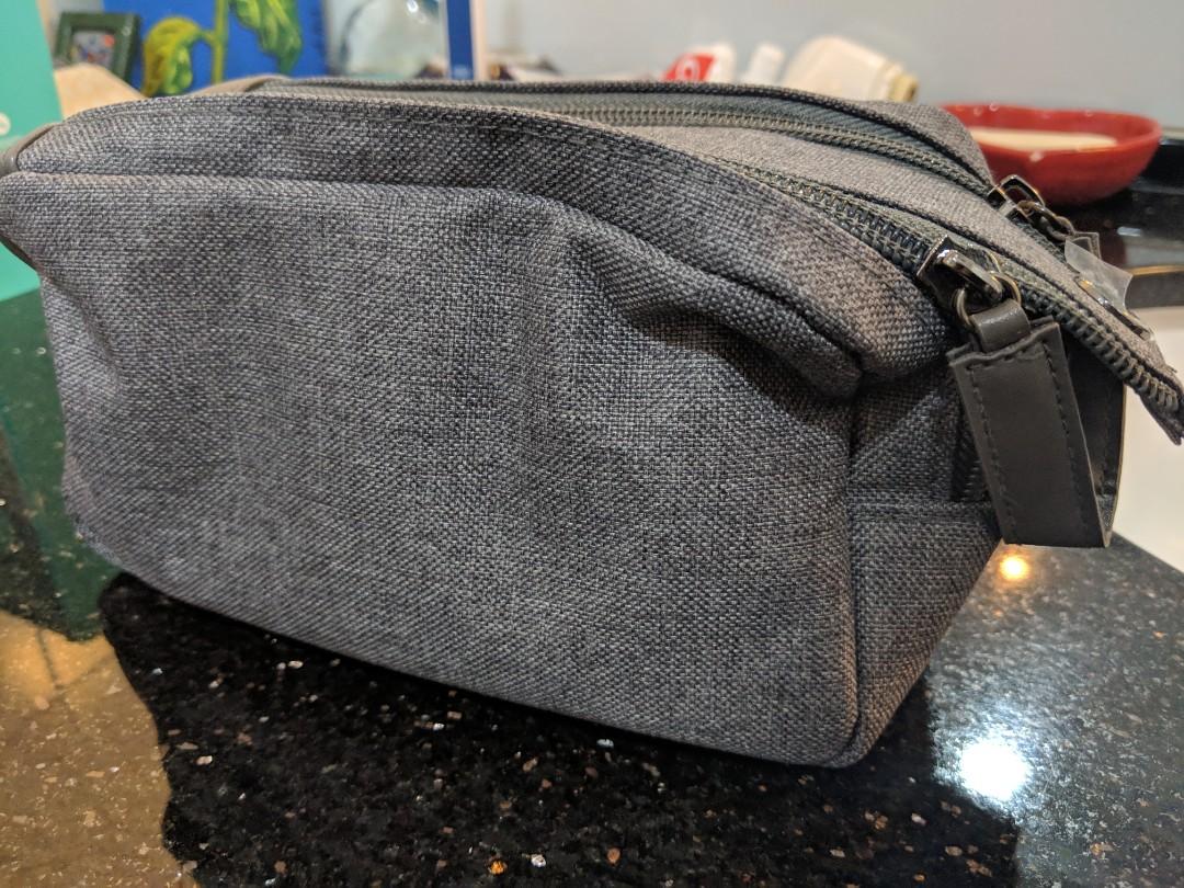 Aeronautica Bvlgari Travel Wash Bag Mens New Emirates Luxury Transportation Collectables
