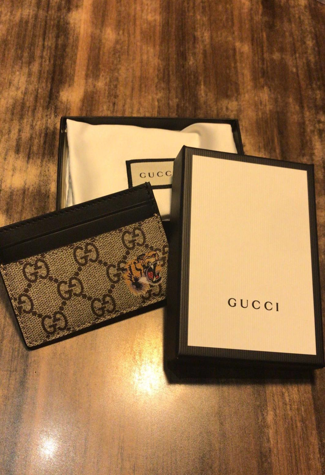 b3692143f7e9 Gucci Men Wallet Card Holder, Men's Fashion, Bags & Wallets, Wallets ...