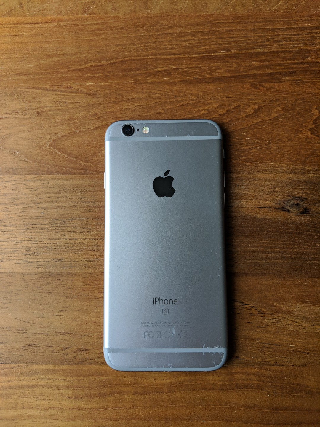 more photos d3203 f0575 iPhone 6s 64GB (Free phone cover)