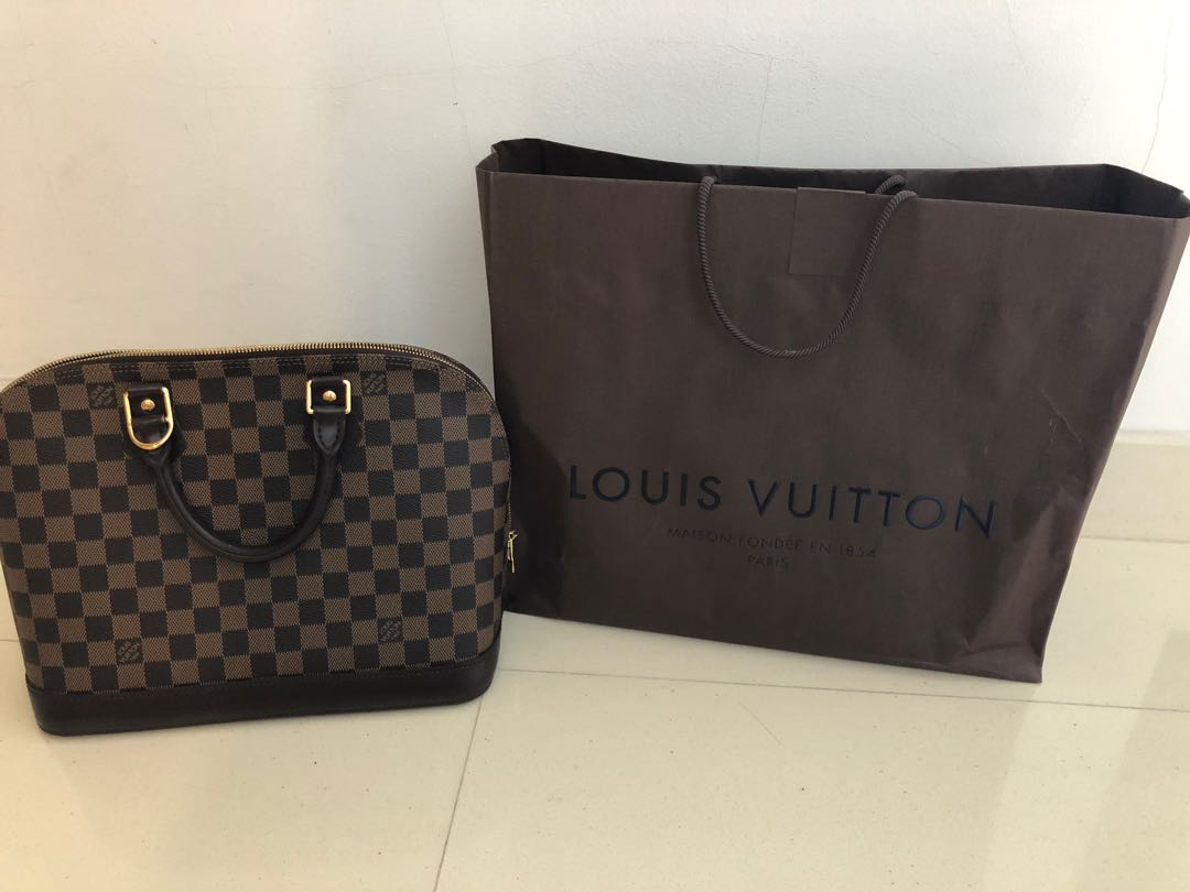 ec62c52de7ff0 Louis Vuitton Bags - Authentic Alma Damier Ebene. photo photo photo photo  photo