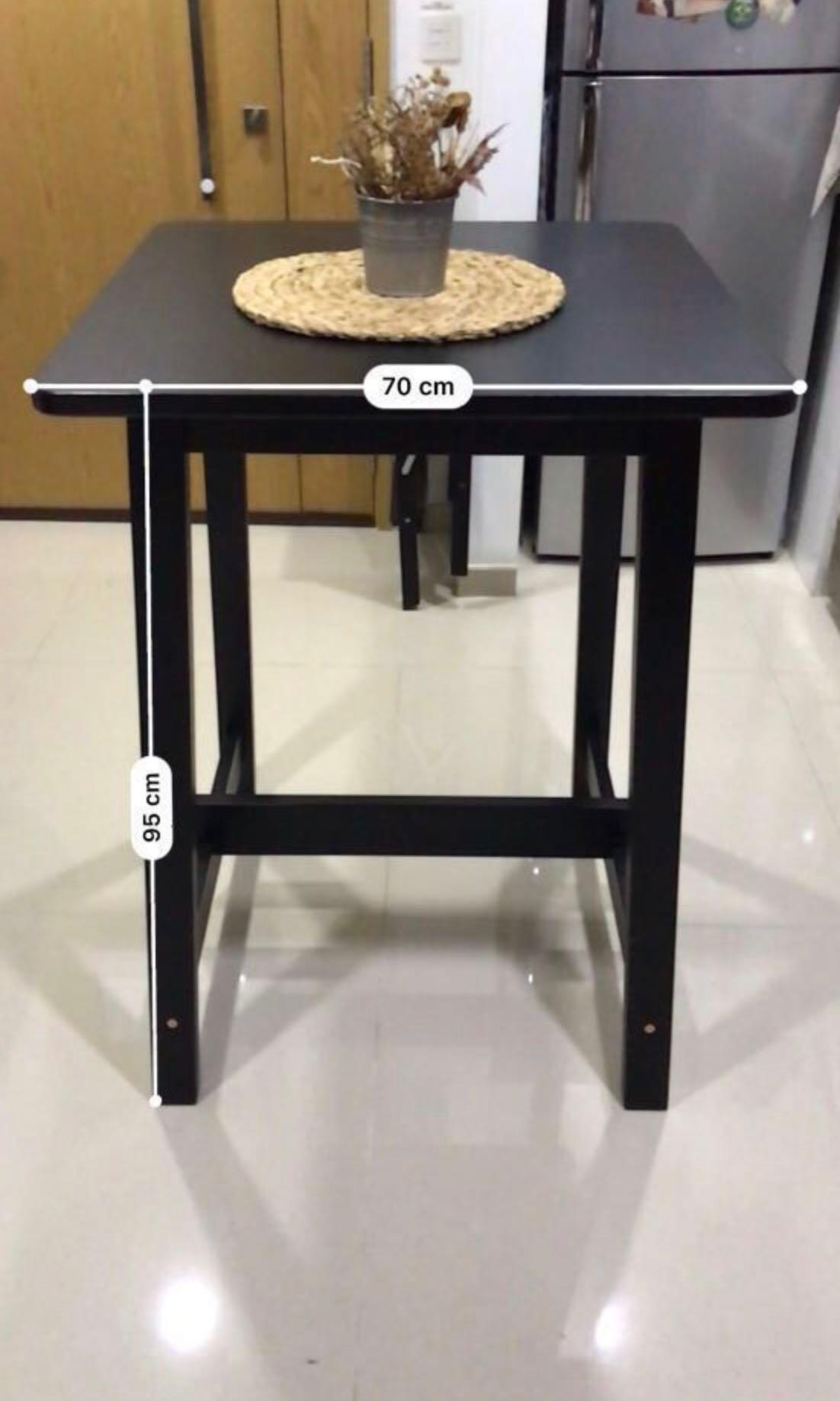 Picture of: Nice Square Bar Table Black Furniture Tables Chairs On Carousell