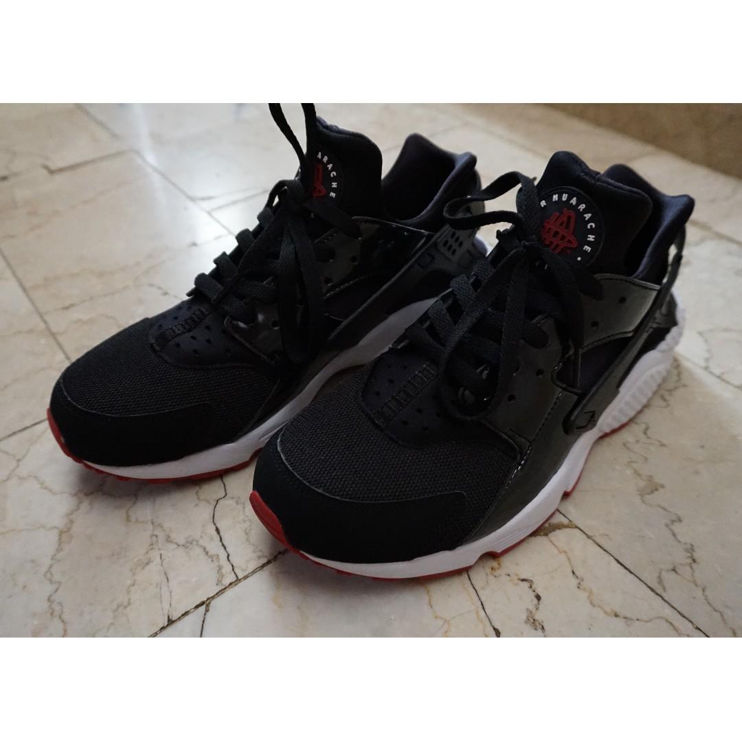 cheap for discount 5b7df 7c092 Nike Air Huarache shoes, Men s Fashion, Footwear, Sneakers on Carousell