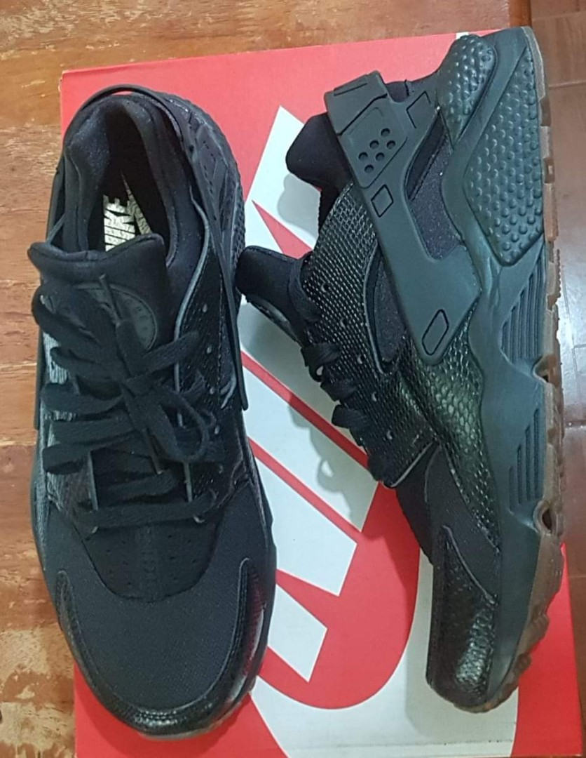 e14a3cac45ae Nike Air Huarache (Snakeskin Black Gum) size 8 and 10.5 US for men ...