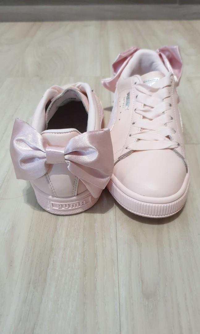 dd2337c03f1385 Puma Basket Bow Pink sneakers  puma  pumabasket  bow  sneaker  shoe ...