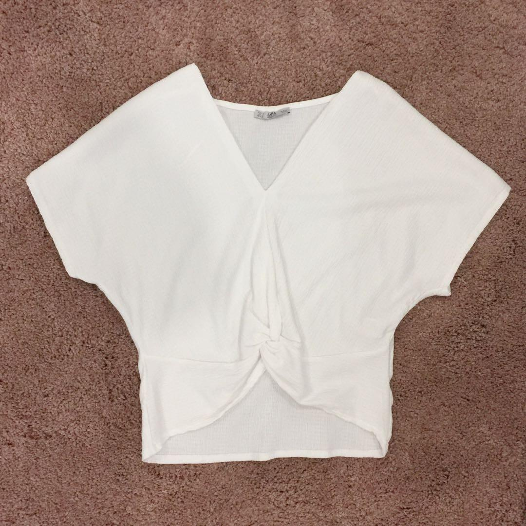 46707152 Zara knotted white crop top, Women's Fashion, Clothes, Tops on Carousell