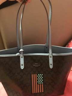 CNY Clearance Fast Deal $120 Brand New Coach Signature Reversible Tote Bag
