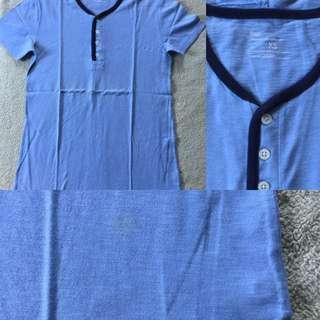 Gap blue shirt
