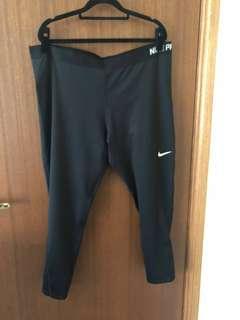 Nike Pro Plus Size Leggings