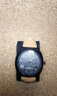 Jam tangan fashion cowok
