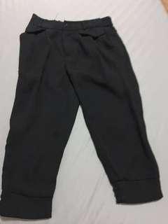 🚚 黑色七分褲