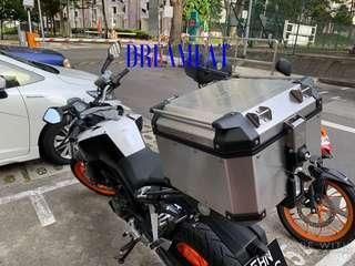 KAPPA KVENTURE 42L SLIVER ALUMINIUM TOP CASE(FREE BASEPLATE/INSTALLATION/MOBILE PHONE BLUETOOTH EARPHONES)(RACK & BACKREST IS NOT INCLUDED)
