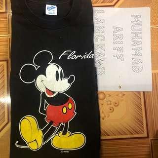 Mickey kasut kuning