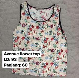 Avenue flower top