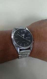 Jam tangan antik merk seiko 5