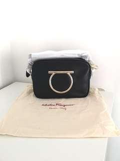 Ferragamo Vela leather camera bag