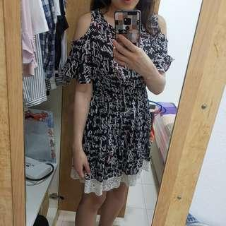Black printed dress with lace