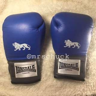 Lonsdale Boxing Gloves 12 lbs.