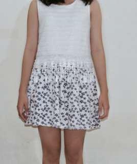Dress putih lace